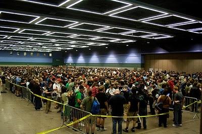Pax-crowd