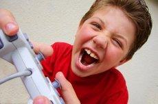 Boyplayingvideogames_3