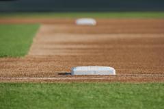 Baseball_firstbase_2